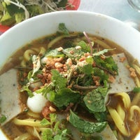 Photo taken at Quan Tam Tam by Kanye M. on 7/11/2012