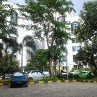Photo taken at Universitas Esa Unggul by Coeleh D. on 3/11/2012