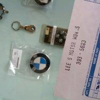 7/25/2012 tarihinde Tre L.ziyaretçi tarafından Lee's MOTOR WORKS (BMW Specialist)'de çekilen fotoğraf