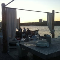 Photo taken at The Harbour Club by Vinz on 8/11/2012