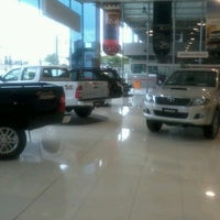 Photo taken at Sorana - Toyota by Fernando F. on 6/18/2012