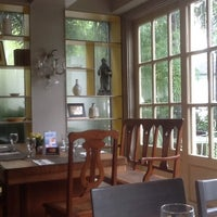 7/29/2012 tarihinde Anthony S.ziyaretçi tarafından Casa Roces'de çekilen fotoğraf