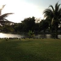 Das Foto wurde bei Chatuchak Park von Maslee B. am 3/9/2012 aufgenommen