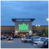 Снимок сделан в Whole Foods Market пользователем Joshua J. 7/10/2012