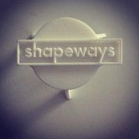 Photo taken at Shapeways HQ by Duann on 4/17/2012