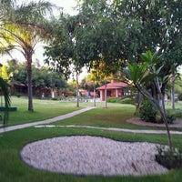 Foto tirada no(a) Pousada Beco Da Lua por Luis Gustavo M. em 7/10/2012