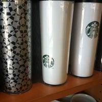 Photo taken at Starbucks by Alptamise H. on 7/19/2012