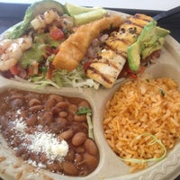Photo taken at Baja Fresh Mexican Grill by Ludwig G. on 5/9/2012