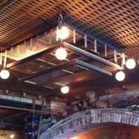 Foto tirada no(a) Fratelli Restaurante e Pizzaria por Rodrigo M. em 4/14/2012