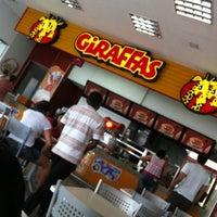 Photo taken at Giraffas by Alvaro S. on 7/19/2012