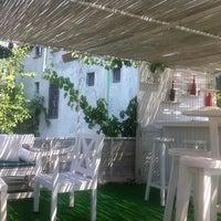 7/21/2012 tarihinde Aylin K.ziyaretçi tarafından Paprika Cafe'de çekilen fotoğraf