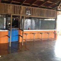 Photo taken at Bar el Guabo by Maynor Abraham C. on 5/9/2012