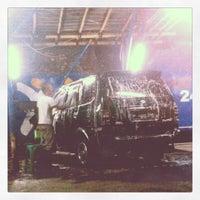 Photo taken at Cuci Mobil 24 Jam by Raden Mas S. on 6/24/2012