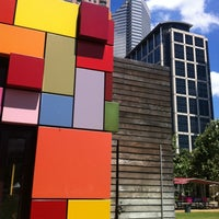 Photo prise au Discovery Green par Hilary B. le5/27/2012