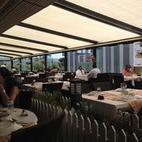 6/11/2012 tarihinde Hakan Y.ziyaretçi tarafından Çiçek Lokantası'de çekilen fotoğraf