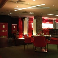 Снимок сделан в RBG Bar & Grill ресторан пользователем Olga Zhukova 9/9/2012