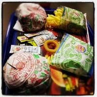 Photo taken at Burger King by Flavio R. on 7/31/2012