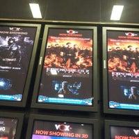 Photo taken at VOX Cinemas ڤوكس سينما by Abubaker k. on 8/16/2012