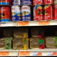 6/12/2012にKevin N.がHong Kong Supermarket 香港超級市場で撮った写真