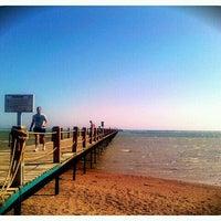Foto tirada no(a) Beach por Xenia 🐱🐱 B. em 3/8/2012