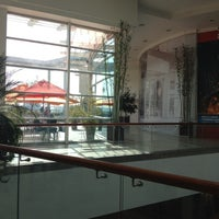Foto tomada en Mall Plaza Alameda por Carlos M. el 5/4/2012