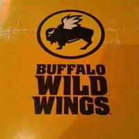 Das Foto wurde bei Buffalo Wild Wings von Jessica W. am 7/31/2012 aufgenommen