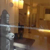 Foto scattata a Metropolitan Hotel da Claudio S. il 3/28/2012