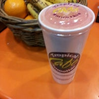 Photo taken at Tropical Smoothie Cafe by Kheila L. on 2/11/2012