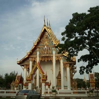 Photo taken at วัดไชยธาราราม (วัดฉลอง) Wat Chalong by All Of Me on 7/29/2012
