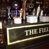 7/31/2012 tarihinde Keven B.ziyaretçi tarafından The Field Irish Pub & Restaurant'de çekilen fotoğraf