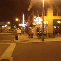 Photo taken at Hard Rock Cafe Memphis by Lance P B. on 2/27/2012