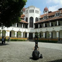 Photo taken at Lawang Sewu by Rifanda P. on 5/18/2012