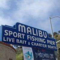 Photo prise au Malibu Sport Fishing Pier par Jeremy A. le4/20/2012