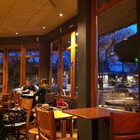 3/7/2011 tarihinde Kate K.ziyaretçi tarafından Starbucks'de çekilen fotoğraf