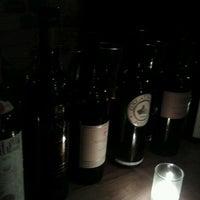 Foto tomada en Sidecar Bar and Grill por Darcy el 11/28/2011