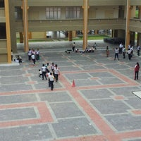 Photo taken at Sekolah Kebangsaan Bandar Setia Alam by Ahmad Fazzry N. on 10/11/2011