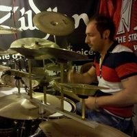 Photo taken at Drum Groove School Di Andrea Pollastri by Andrew P. on 9/19/2011