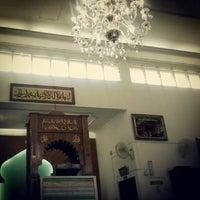 Photo taken at Masjid Mominbi Anggulia by Hasri Omar A. on 7/27/2012