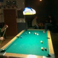 Foto tomada en Driftwood Bar por Chad S. el 11/5/2011