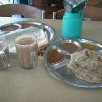 Photo taken at Restoran Fathima by Azlan S. on 1/7/2012