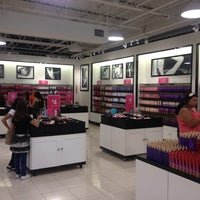 Photo taken at Victoria's Secret Outlet by Wayne on 9/6/2012