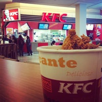 Photo taken at KFC by Monise L. on 8/7/2012