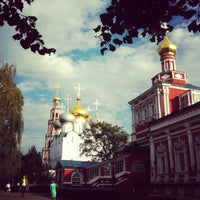 Photo taken at Novodevichy Convent by М Ш. on 8/25/2012