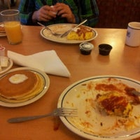 Photo taken at IHOP by Miro L. on 8/20/2012