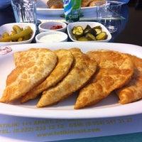 10/8/2011 tarihinde Tulin A.ziyaretçi tarafından Eskişehir Çibörek Evi'de çekilen fotoğraf