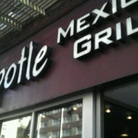 Photo taken at Chipotle Mexican Grill by SIP-SET on 3/6/2012