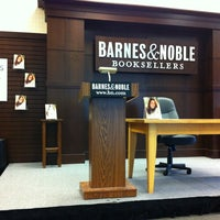 Photo taken at Barnes & Noble by Shana W. on 4/24/2012