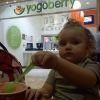 Photo taken at Yogoberry Original by Aryanna B. on 12/26/2011