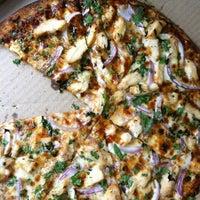 Снимок сделан в Naked Pizza пользователем Sinead R. 6/3/2012