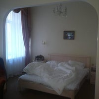Снимок сделан в Anabel Hotel пользователем Yana Z. 9/9/2012